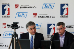 Yasser Seirawan and Stellan Brynell in the commentary room.
